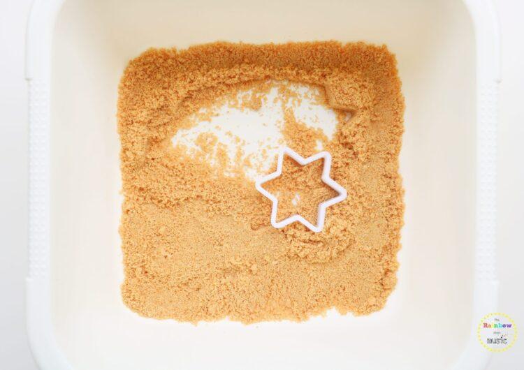 Express: Βρώσιμη άμμος για βρέφη